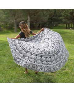 Trippy Small Round Blanket - Classic