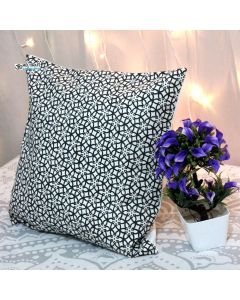 black and white geometric Decorative Pillow With Zip