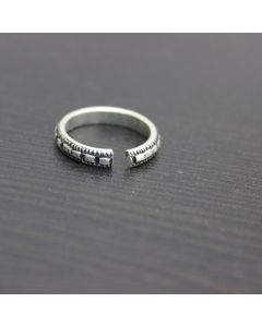 Plain Geometric Silver Toe Ring