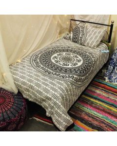 Siddhi Twin Duvet Cover With Pillow Set