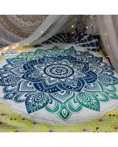Live Large Round Blanket - Small Fringe
