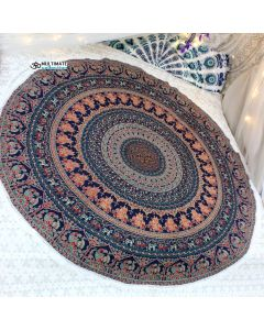Parade Large Round Blanket - Small Fringe