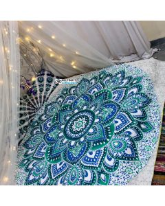 Live Large Round Blanket - Classic