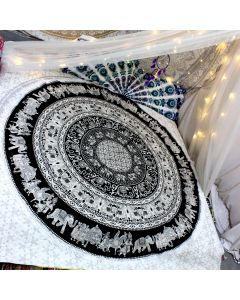 Adventure Large Round Blanket - Small Fringe